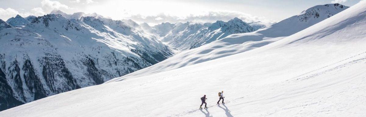 Winterreisen: Mit deinen Freunden durch die Alpen
